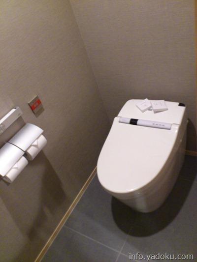 ザ・キャピトルホテル東急の客室のトイレ