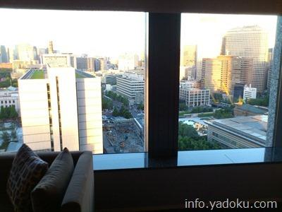 ザ・キャピトルホテル東急から見える昼の首相官邸